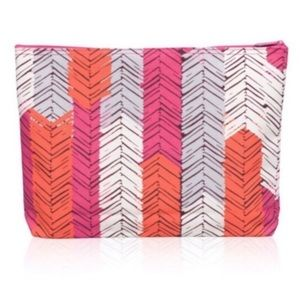 {Thirty-One} Patterned Larger Pouch Bag